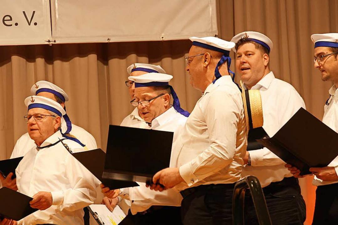 Der Auftritt der am Ende siegreichen Matrosen vom Angelsportverein.  | Foto: Christiane Franz