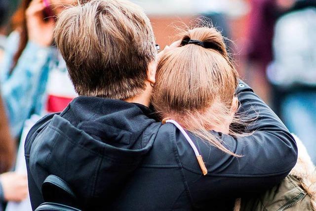 Tödlicher Angriff in der Schule erschüttert Eltern und Kinder