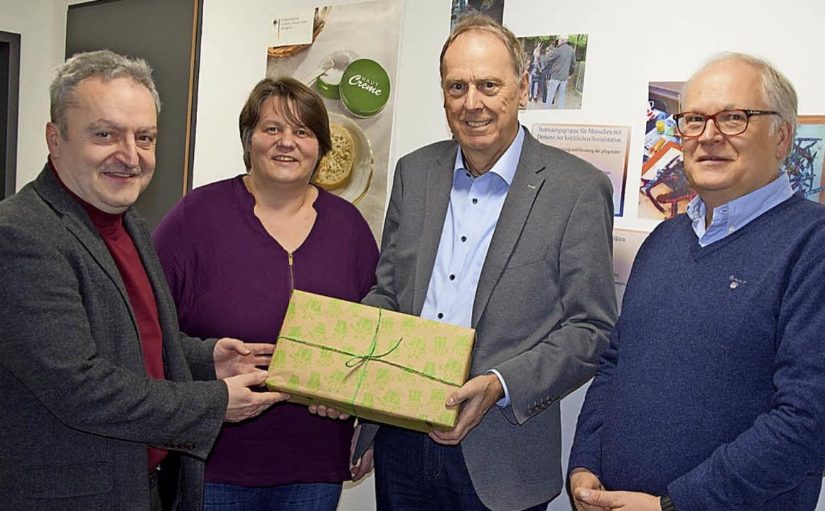 Karl-Heinz Huber und  Annette Schnee v...hard Seger und Thomas Faller (v. li).     Foto: Ulrike Jäger
