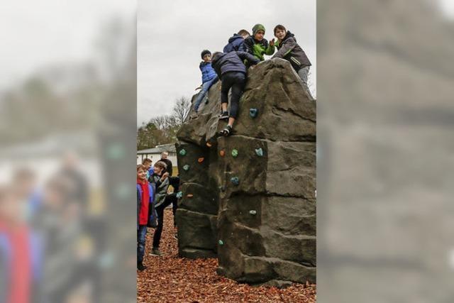 Boulderfelsen für die Heimschüler