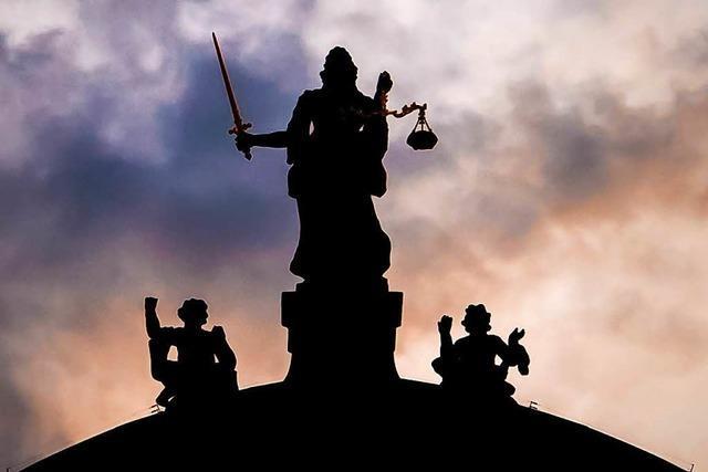 Prozess um Sasbacher Bluttat: Zeugen beschreiben Angeklagten als jähzornig