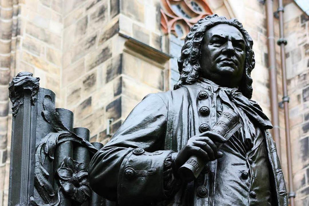 Herausragend in der Musik: Johann Seba...stellt vor der Thomaskirche in Leipzig  | Foto: Ellie Nator, fotolia.com