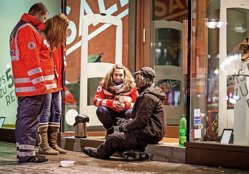 Kinder in Erster Hilfe schulen, sich u...engebiet des Deutschen Roten Kreuzes.   | Foto: dpa