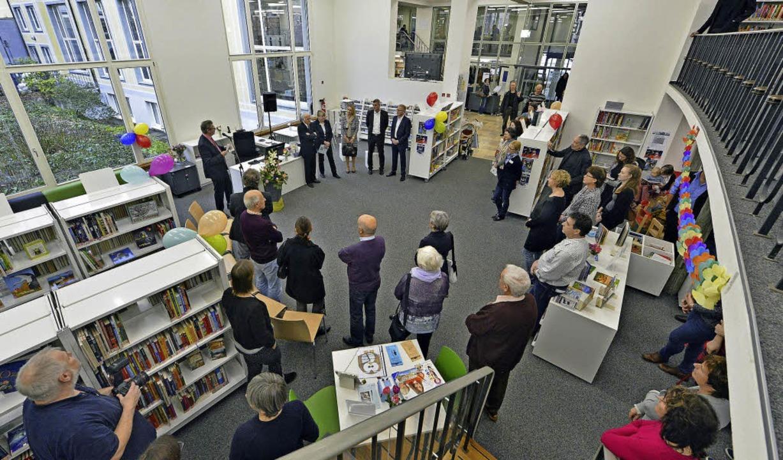 Die umgestaltete Abteilung für Kinder ...nd ist die größte der Stadtbibliothek.  | Foto: Michael Bamberger