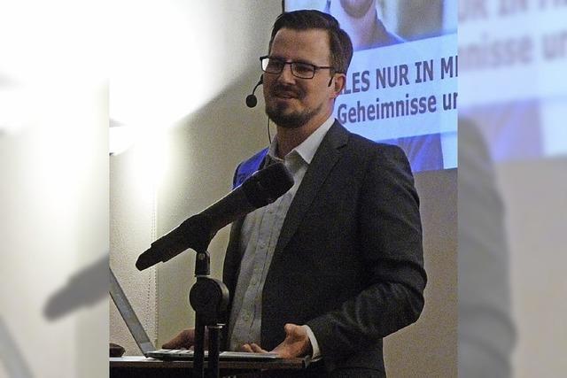 Gedächtnisweltmeister Boris Nikolai Konrad stellt seine Trainingsmethoden in der Stadtbibliothek vor