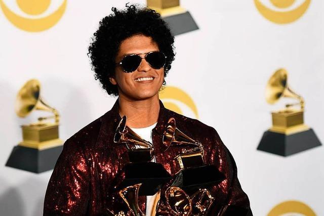 Bruno Mars räumt sechs Grammys ab – Auszeichnung für Kraftwerk