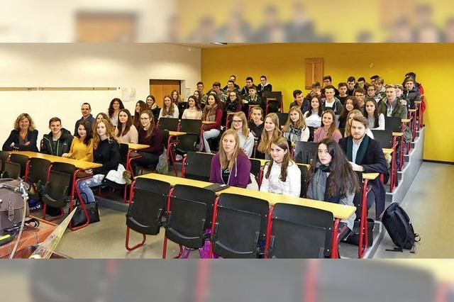 Schnupperunterricht am BSZ für Realschüler aus Elzach