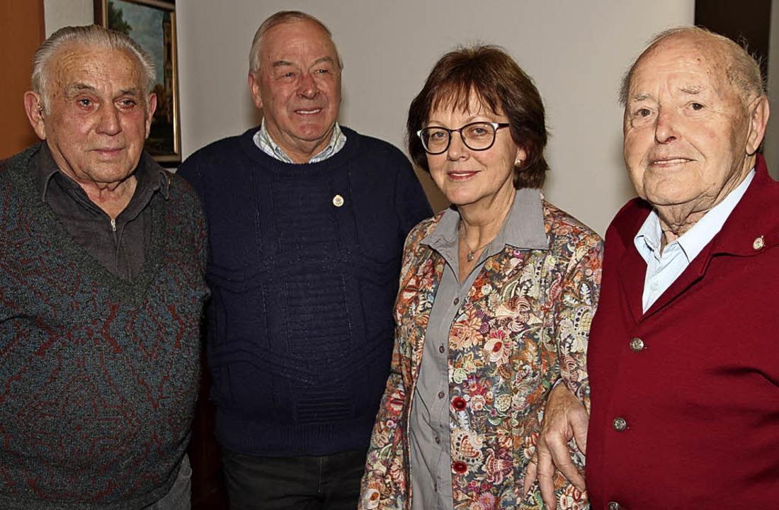 Treue langjährige Naturfreunde wurden ...Stratz, Luise Blank und Rudhard Welte.  | Foto: Eva Korinth