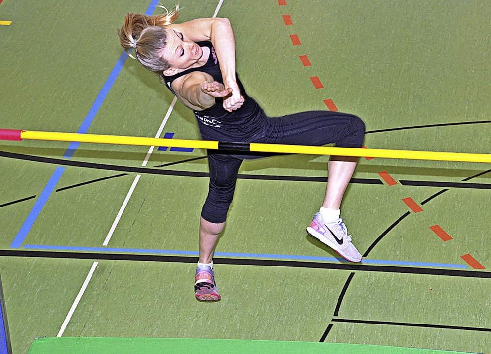 Die Breisacherin Kristina Magnier springt am höchsten.    Foto: Murst
