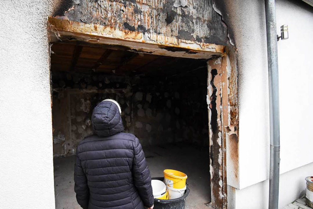 Das Wohnzimmer brannte komplett aus.     Foto: Jonas Hirt