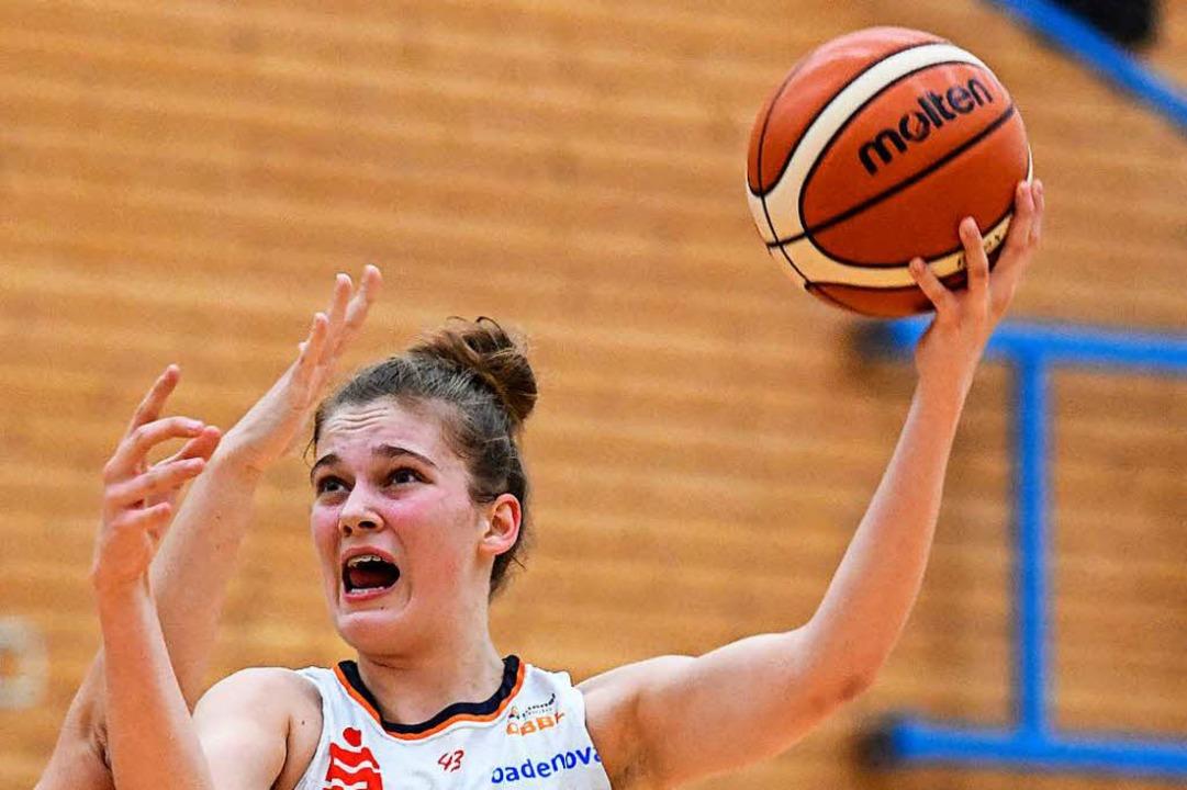 Die erst 15-jährige Luisa Nufer erziel... Eisvögel beim TSV 1880 Wasserburg II.  | Foto: Patrick Seeger