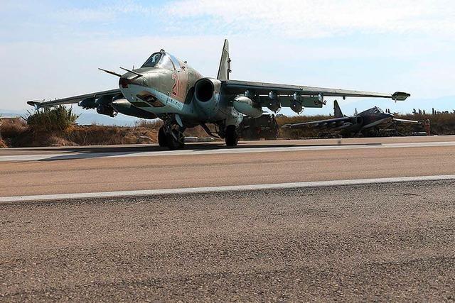 Syrische Rebellen schießen erstmals russischen Kampfjet ab