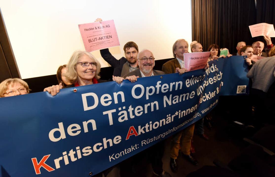 Gründung der kritischen Aktionäre von ...tte der Rüstungsgegner Jürgen Grässlin  | Foto: Rita Eggstein