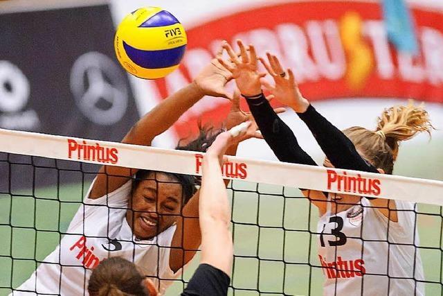 700 Fans feiern Volleyballfest mit 3:0-Erfolg des VC Printus Offenburg