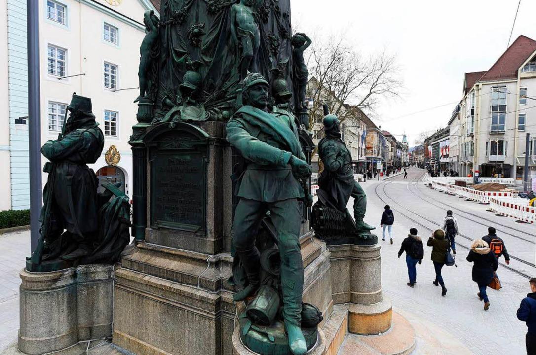 Viel diskutiert: das Siegesdenkmal von...Platz am Ende der Kaiser-Joseph-Straße  | Foto: Thomas Kunz