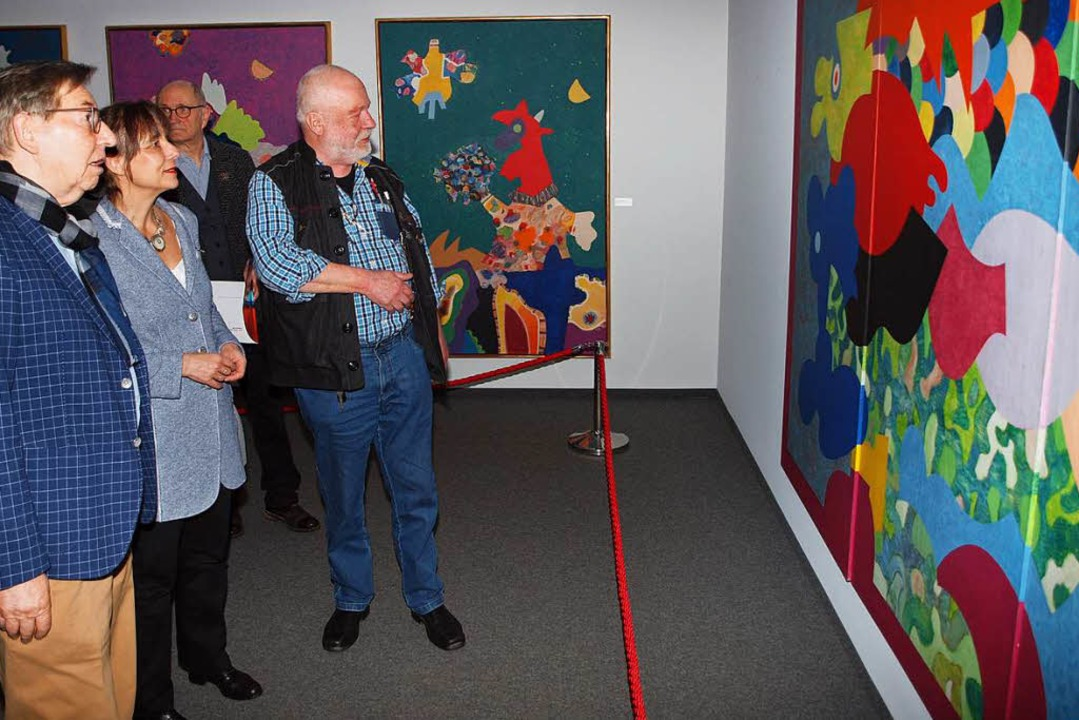 Vernissage in der Kunsthalle Messmer: ...) beim Rundgang durch die Ausstellung.  | Foto: Michael Haberer