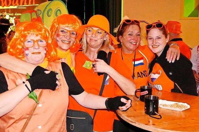 Fotos: Chio-Maico-Ball in Wehr steht im Zeichen von Oranje