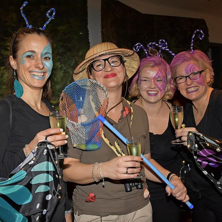 Bunte Kostüme, beste Laune: die Frauenfasnet in Gundelfingen  | Foto: Andrea Steinhart