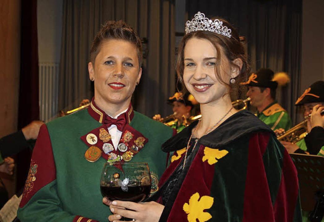 Sophia II. (Sophia Person, rechts), wu...öll zur neuen Rämässerkönigin gekrönt.  | Foto: adelbert Mutz