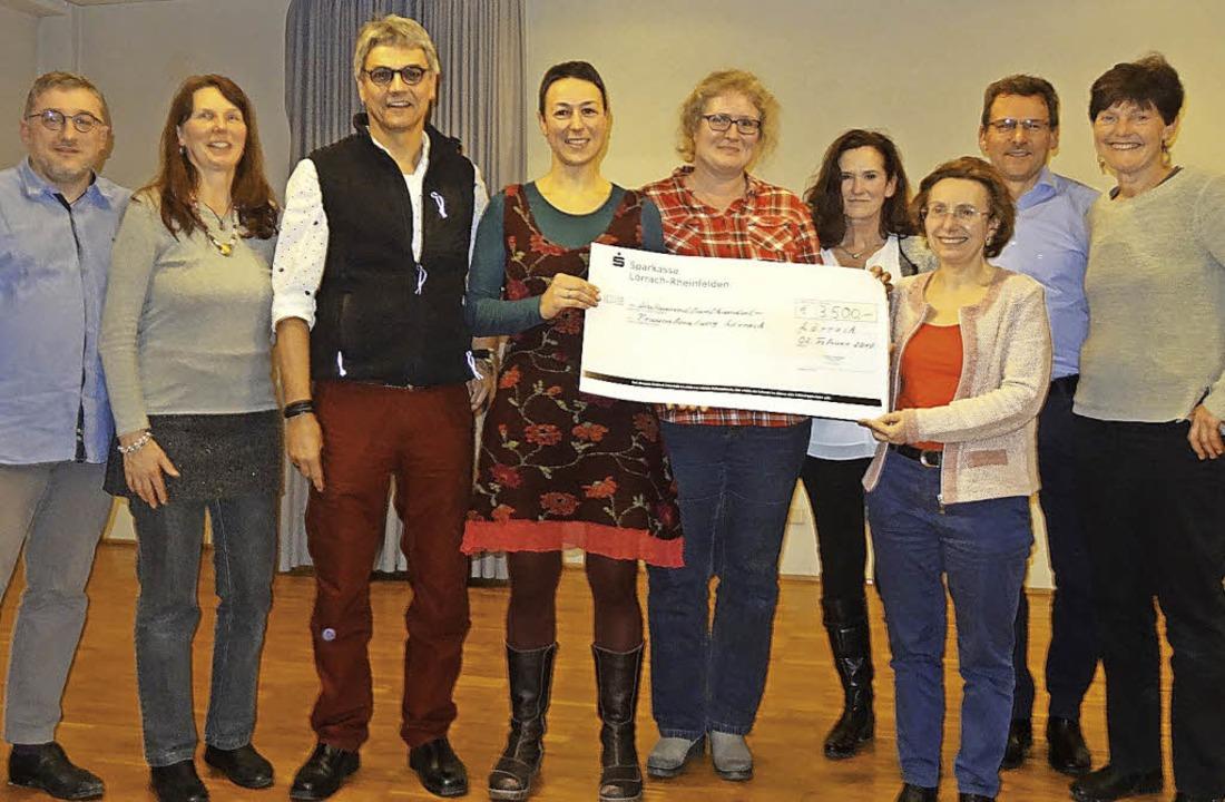 Spendenübergabe an die Frauenberatungs...Richard Kopyto und  Christina Gutmann     Foto: Flora Baumgartner