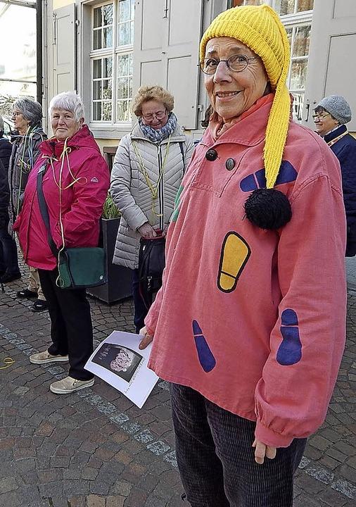 Der Auftritt von Gabriele Birlin-Pflüg...eilnehmern   für heitere Erinnerungen.  | Foto: Claudia Gempp