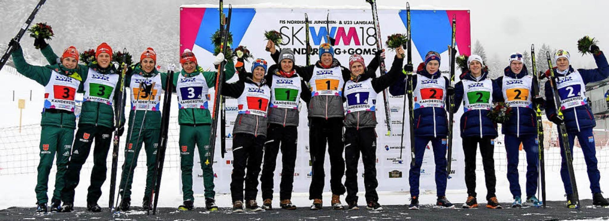 Starkes Team: Die Nordischen Kombinier...lbermedaille im Mannschaftswettbewerb.  | Foto: zvg