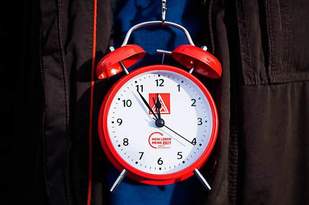 Wie lange soll die Arbeitszeit sein?  | Foto: dpa