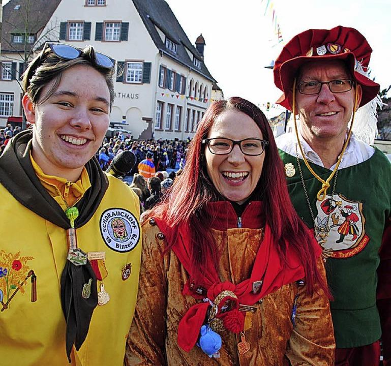 Bernd Netzlaff, Anna Krebs sowie erstm...(von rechts) stellten die Cliquen vor.  | Foto: Norbert Sedlak