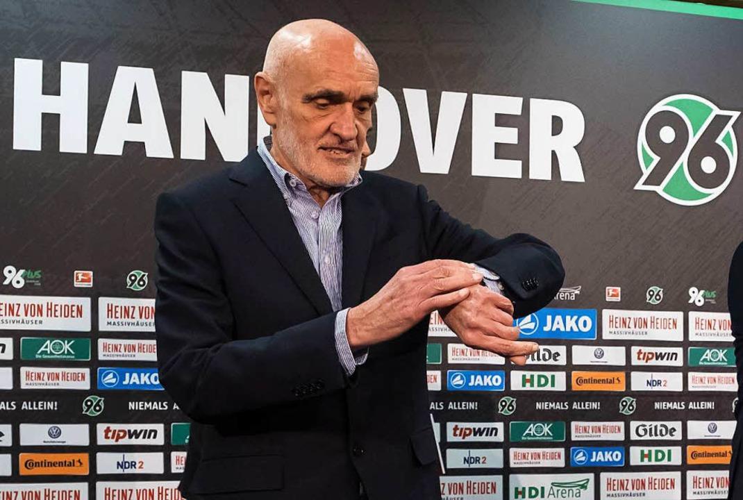 Auf ihrer Präsidiumssitzung wird die D...esligisten Hannover 96 übernehmen darf  | Foto: dpa