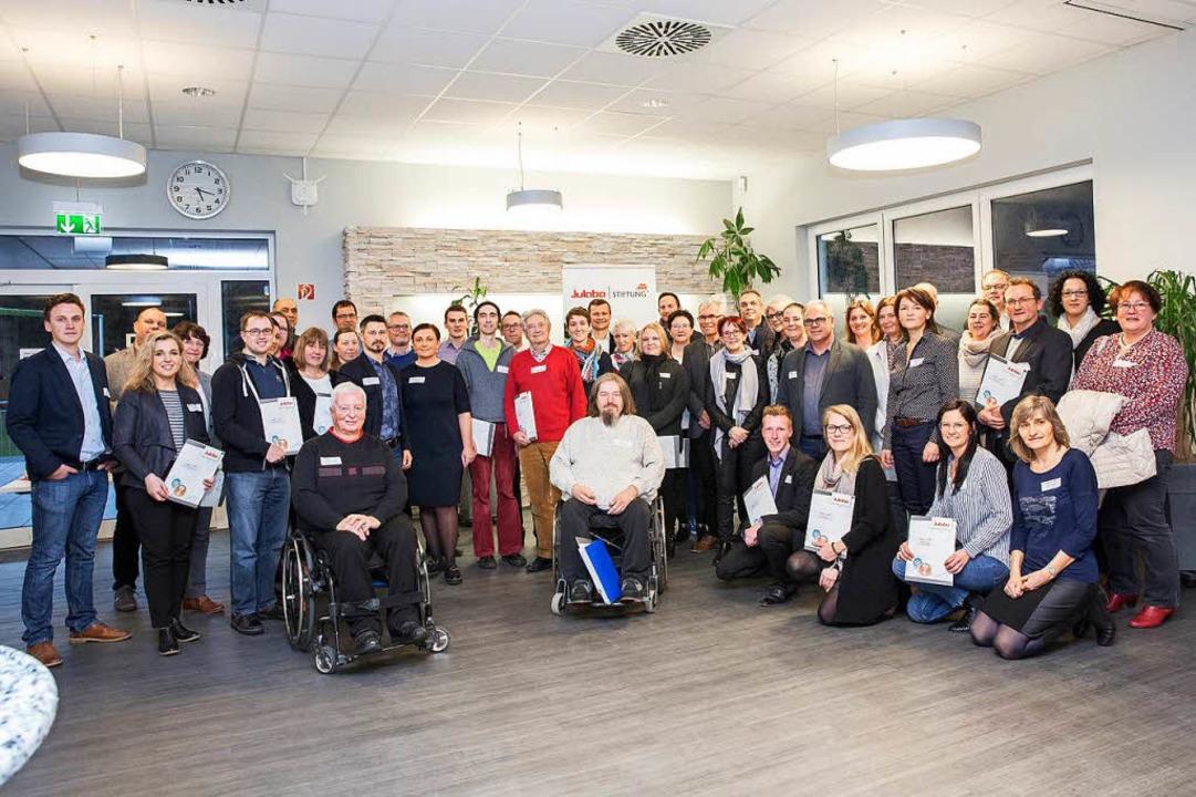 Gruppenbild aller Gewinner der Julabo-Stiftungsaktion 2017  | Foto: Julabo