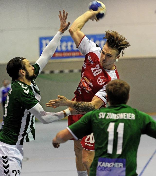 <BZ-FotoAnlauf>Handball-Bezirksklasse:...eben Tore für die HSG Ortenau Süd II.     Foto:  Pressebüro Schaller
