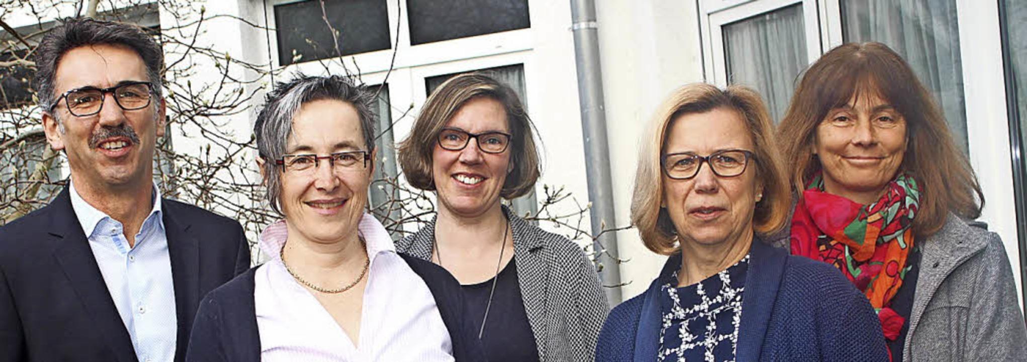 Freuen sich über Eröffnung des neuen S...queline Dumontvom Rathaus Schopfheim.   | Foto: anja bertsch