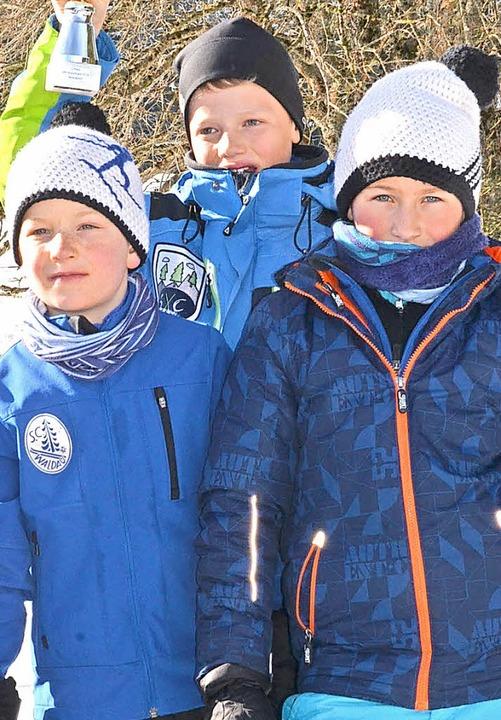 Konrad Fehrenbach, Nico Walter und Luc...aldau auf das höchste Siegertreppchen.  | Foto: Annemarie Zwick