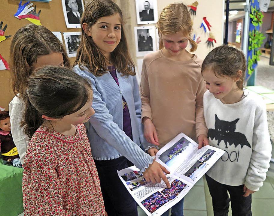 Deutsch-französisch konkret: In der zw...tten und vierten Klasse Wohlbekanntes.  | Foto: Beatrice Ehrlich