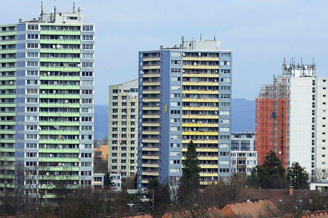 Freiburgs buntester Stadtteil: die Skyline von Weingarten    Foto: Ingo Schneider