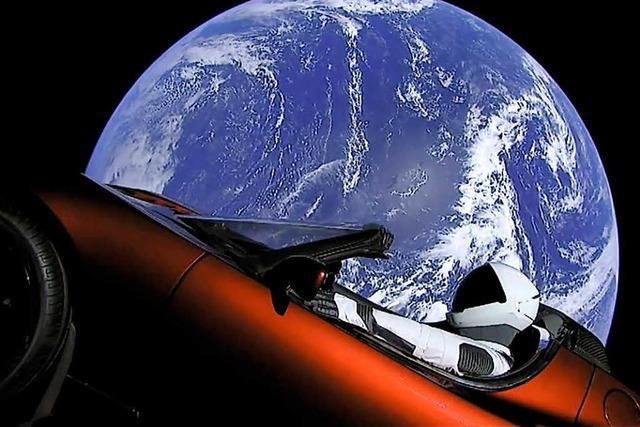 SpaceX schickt mit der Superrakete