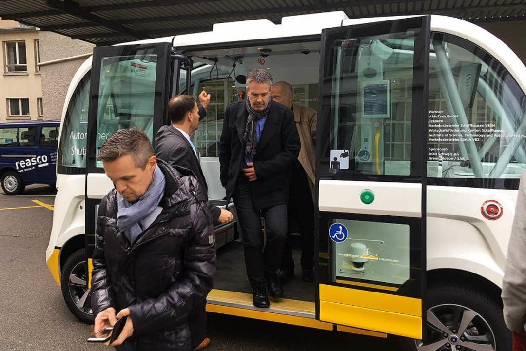 Die Delegation aus dem Hexental hat si... selbstfahrende Kleinbusse informiert.    Foto: privat