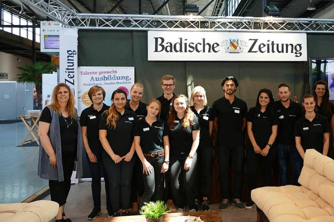 Die BZ Azubis bei ihrem Messeauftritt auf der Job-Start-Börse 2017.    Foto: BZ