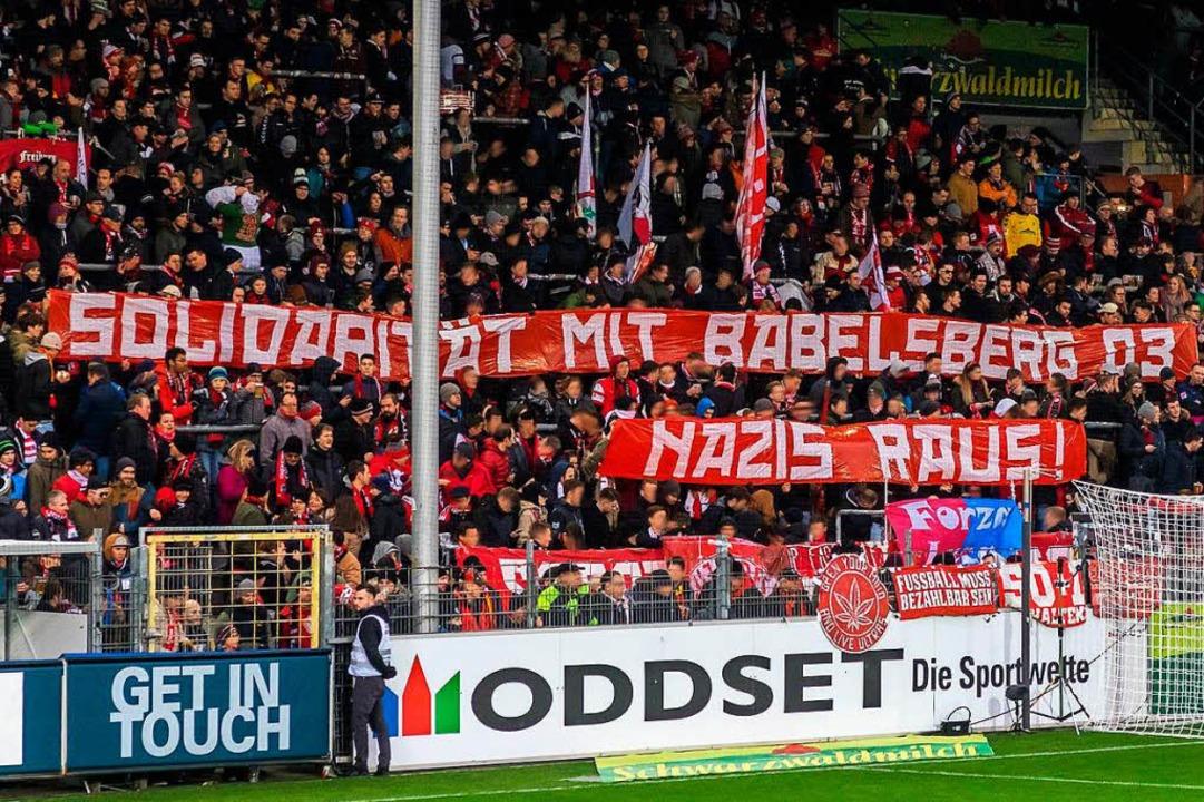 Banner auf Nord beim Heimspiel gegen Leverkusen.  | Foto: nordtribüne.org