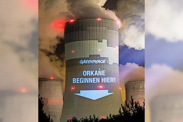 Versicherer Allianz und Munich Re am Kohle-Pranger