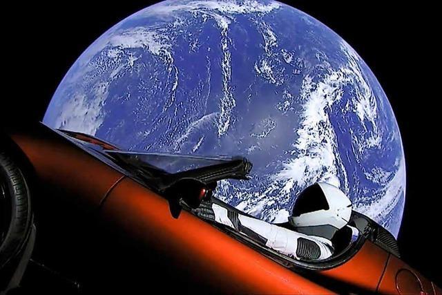 Eine gigantische Inszenierung: Elon Musk schickt eine Rakete und sein Cabrio ins All