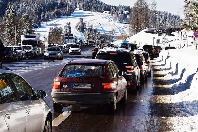 Ein Leitsystem soll das Verkehrschaos am Feldberg lindern
