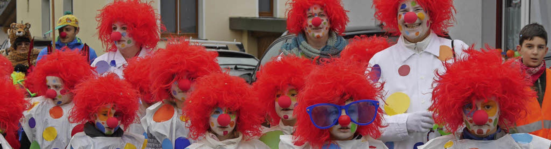 Die Tupfen-Clowns der Klasse 2a der Mu...am Donnerstag beim Murger Kinderumzug.  | Foto: Marion Rank