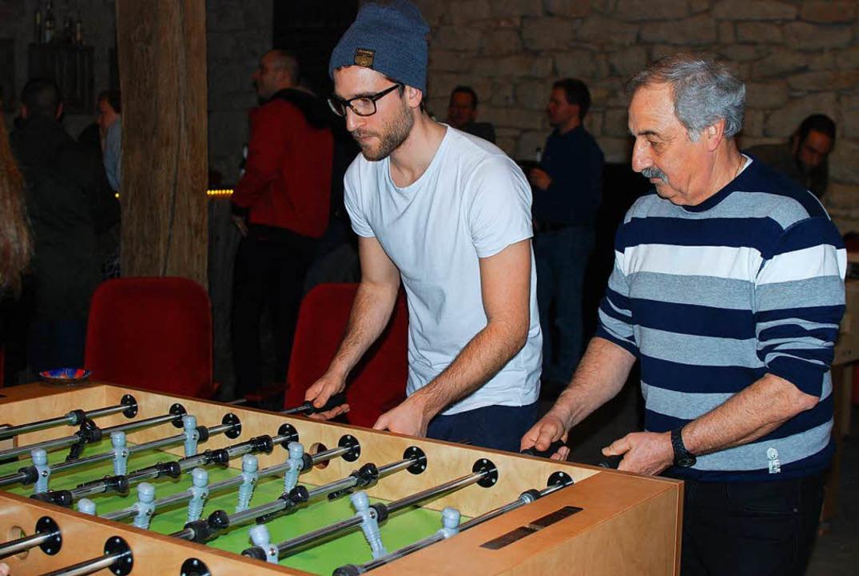 Beim Spiel ist Konzentration gefragt.  | Foto: Louis Groß