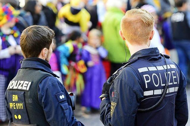 Polizei nach Fasnetauftakt entspannt – Unruhestifter meist unkostümiert