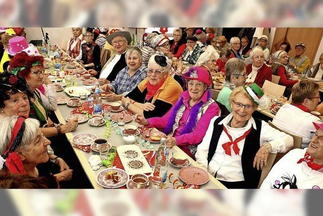 Viele närrische Senioren