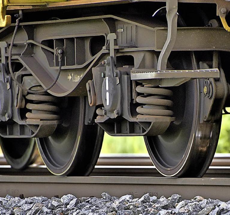 Züge machen Lärm.   | Foto: S. Gollrad