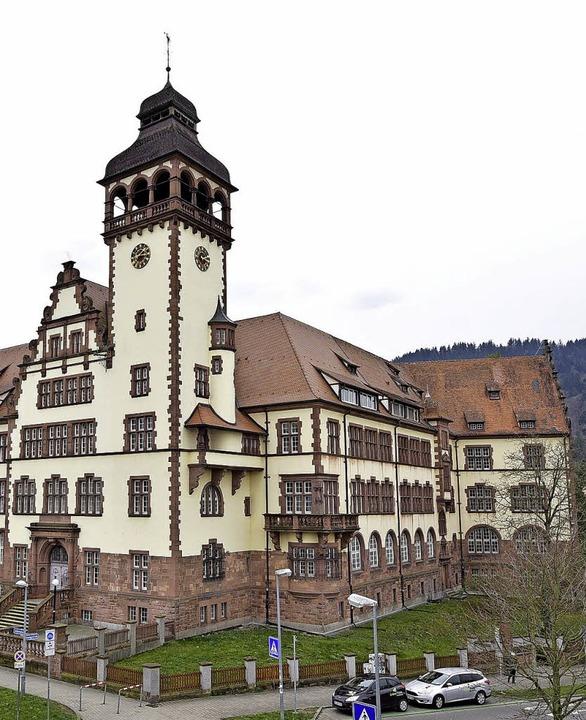 Das Lycée Turenne ist ein Wahrzeichen ... seit 26 Jahren im Dornröschenschlaf.     Foto: Kunz/Schneider