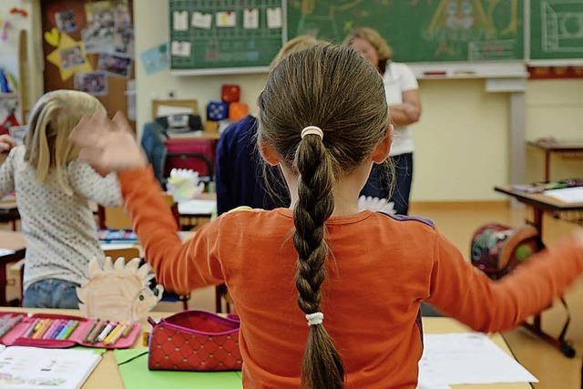 Gymnasiallehrer sollen mit Jobgarantie an Grundschulen gelockt werden