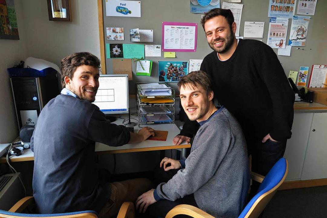 Die Arbeitsverträge der Lehrer Christo...aler (von links) laufen im Sommer aus.  | Foto: Dorothee Philipp